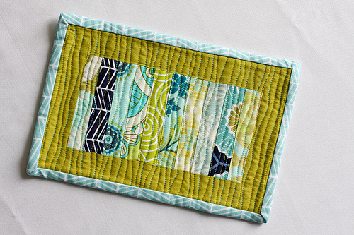 10 Eye-catching Mug Rug Tutorials