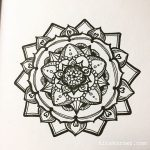 Mandala doodled at church this morning…..