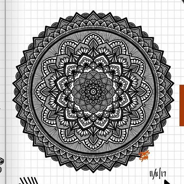 TBT : Closeup of Bullet Journal Mandala from 11/11/17