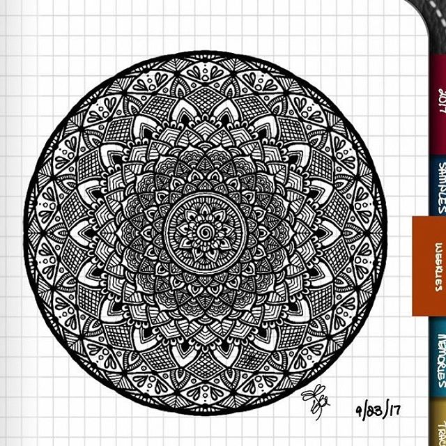 TBT : Closeup of Bullet Journal Mandala from 9/23/17