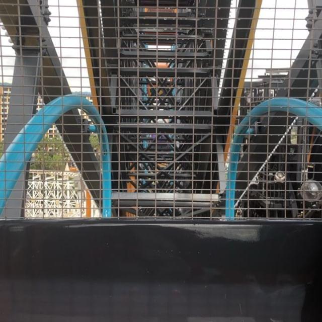 Omg lol Ferris Wheel on steroids